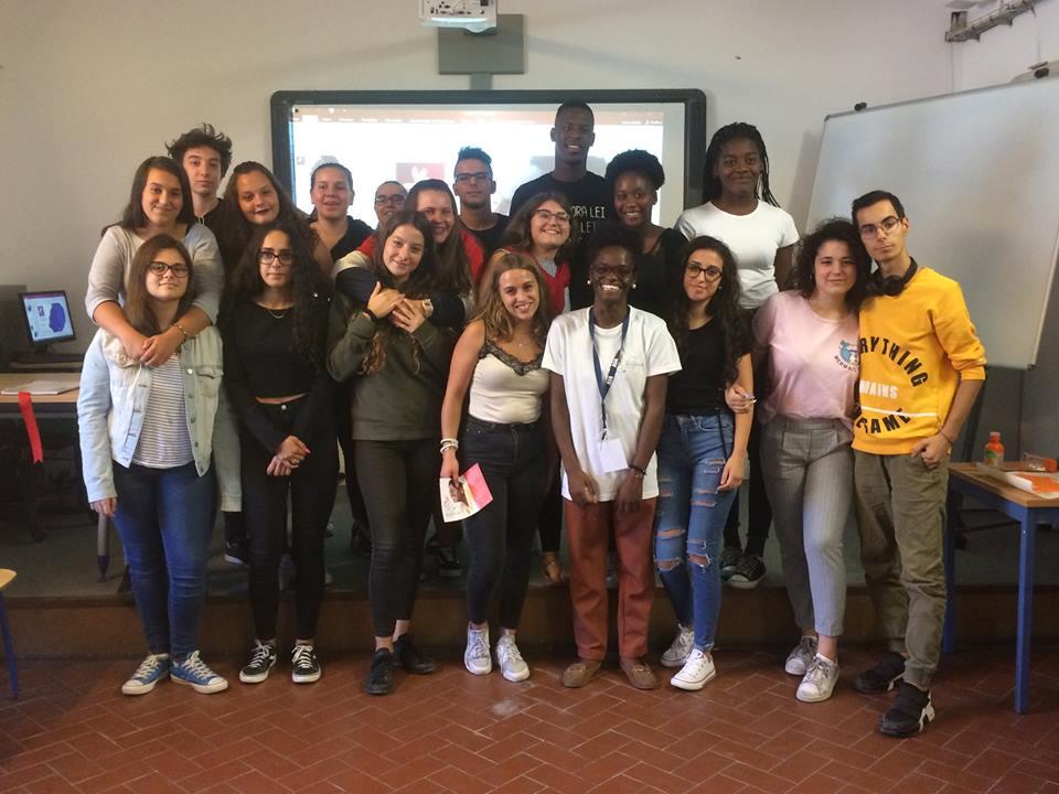 Sessão AIA – Associação Imprescindíveis em Ação